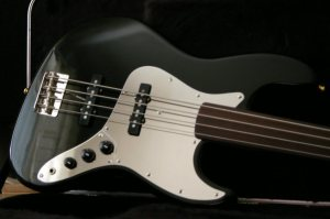 Fender_J-bass_body5